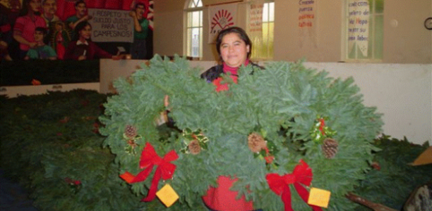 December 2: Wreath and poinsettia order pickup